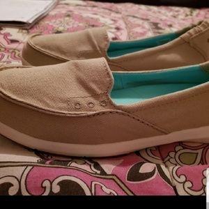 Columbia ladies shoes